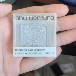 NIB Shu uemura pressed eyeshadow silver
